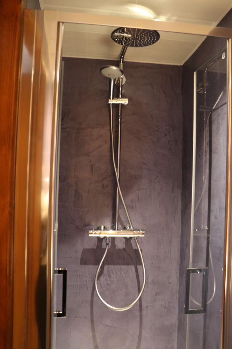 Nouvelle salle de bain apr s travaux auberge lorraine - Travaux de salle de bain ...